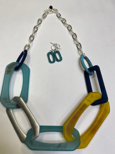 Adira - Brushed Metal Necklace - Umami Tea