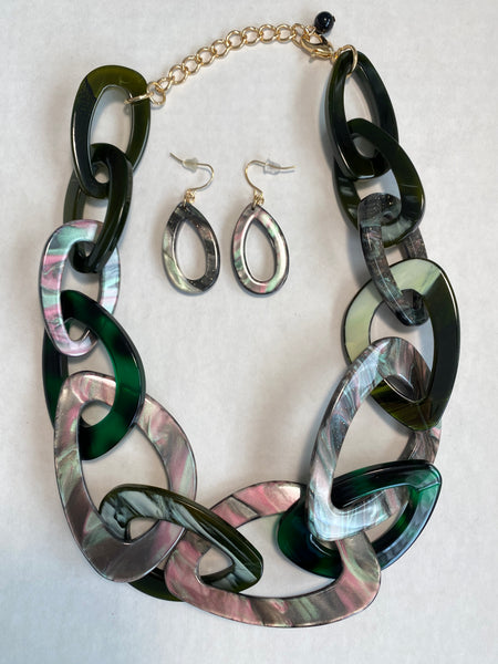 I'm so Green  Buffalo Horn Necklace Set - Umami Tea