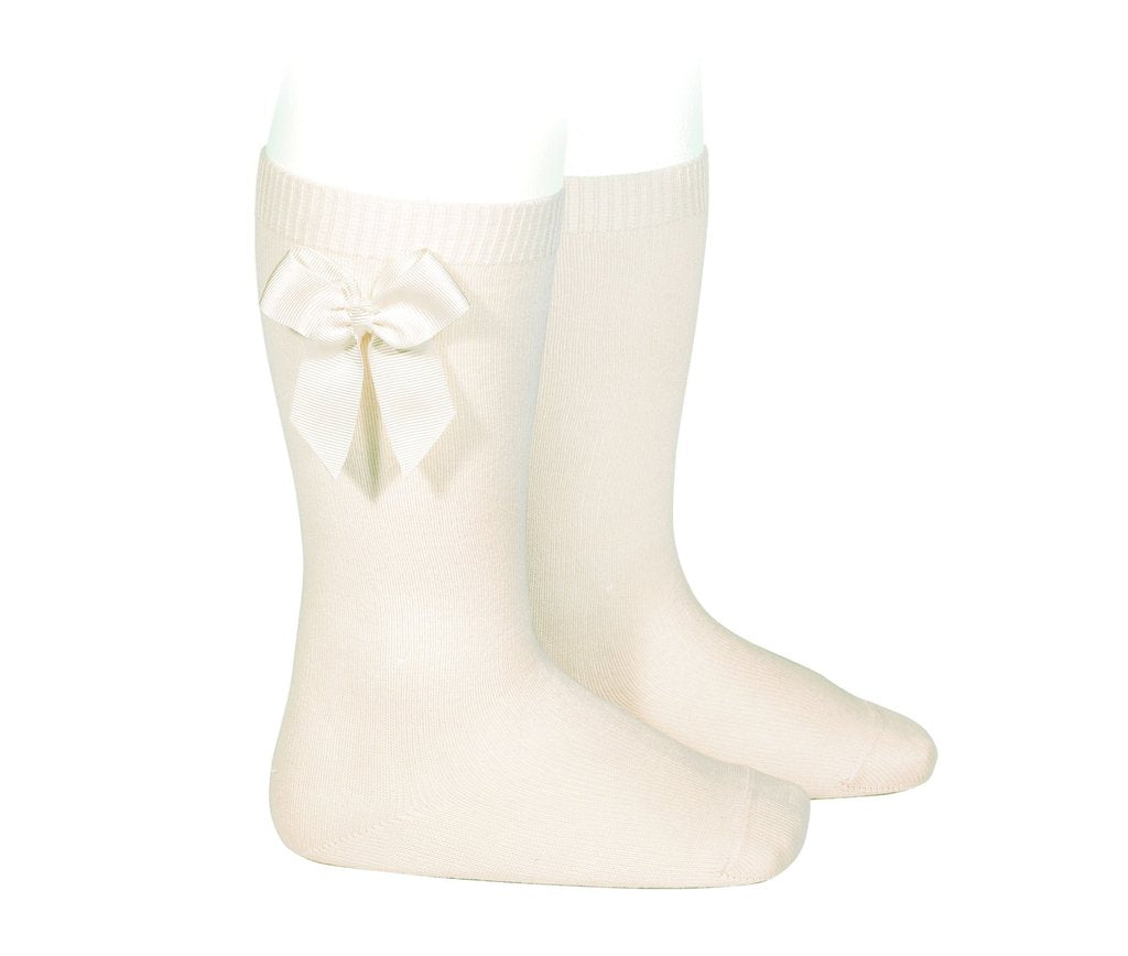 Knee Socks with Grosgain Bow Cream - Born Childrens Boutique