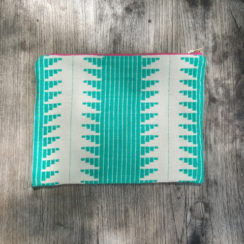 Pria Clutch - art-of-shop