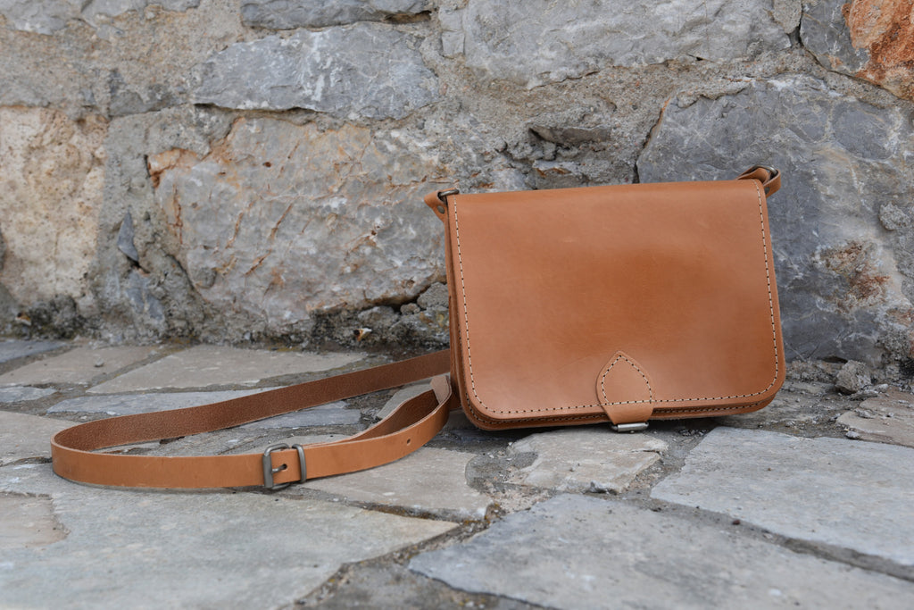 Cross Body Leather Bag - art of shop  - 1