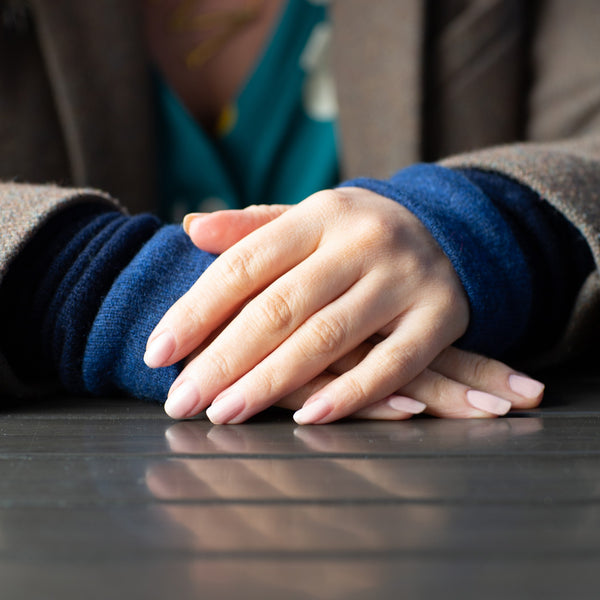 New, fabulous multi-way cashmere wrist warmer design
