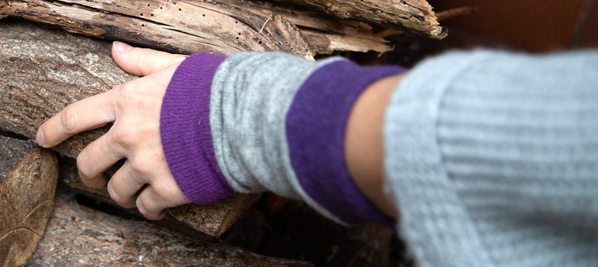 Turtle Doves Cashmere Wrist Warmers