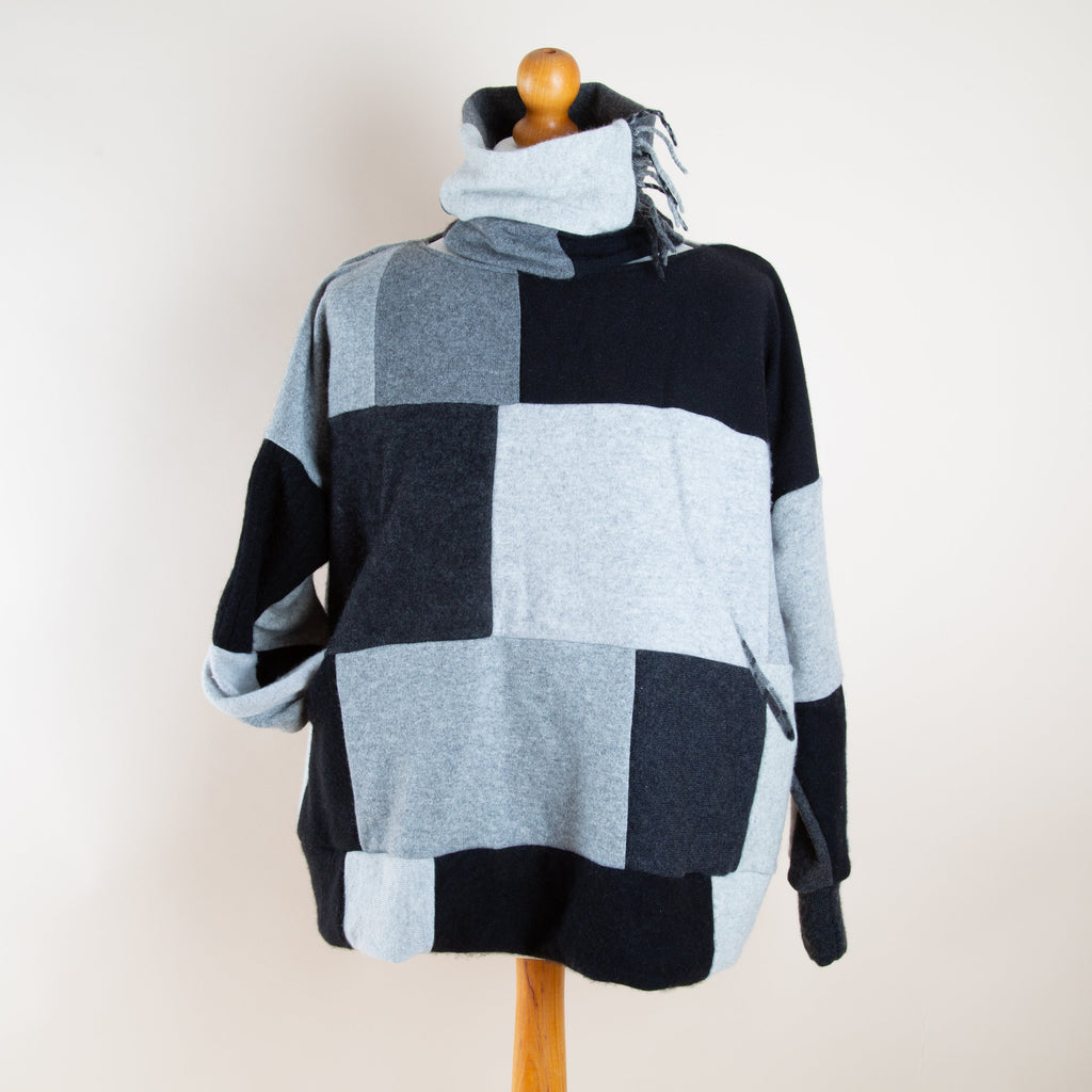 Turtle Doves Cashmere Pocket Jumper in Monochrome