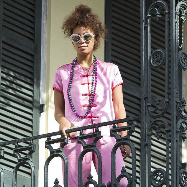 Solange Knowles wears Sunday Somewhere Sunglasses