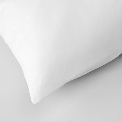 Hotel_housewife_cotton_pillowcase_envelope_opening_under_pillow_case