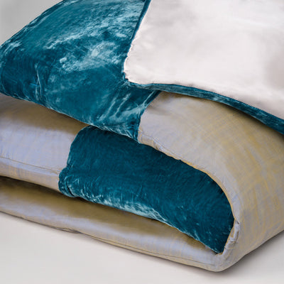 Luxury Eiderdown - Teal - Anna Craven Saigon