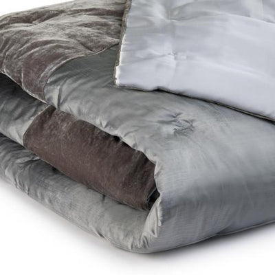 luxury_duck_down_quilts. buy_the_best_silk_velvet_bead_spread_sets.