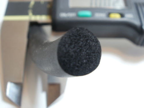 6m of neoprene cellular foam rubber cord, closed cell 15mm diameter.