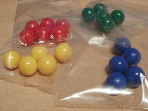 4 colours X 5 mix of 19mm diameter PVC balls. Do not float.