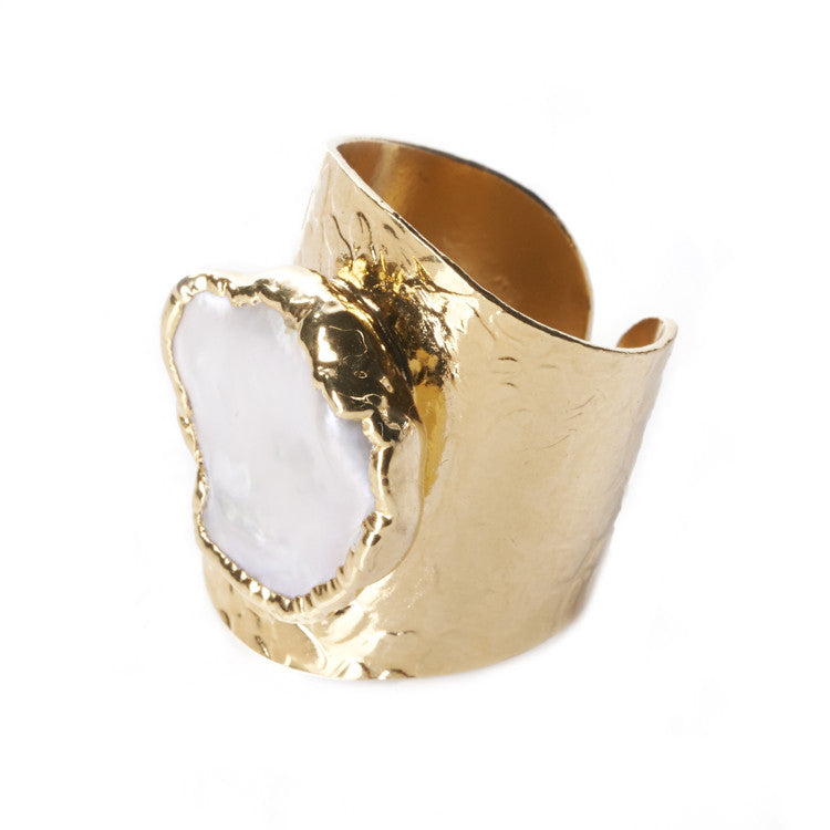 Native Gem Peal Cigar Ring sixforgold Boutique
