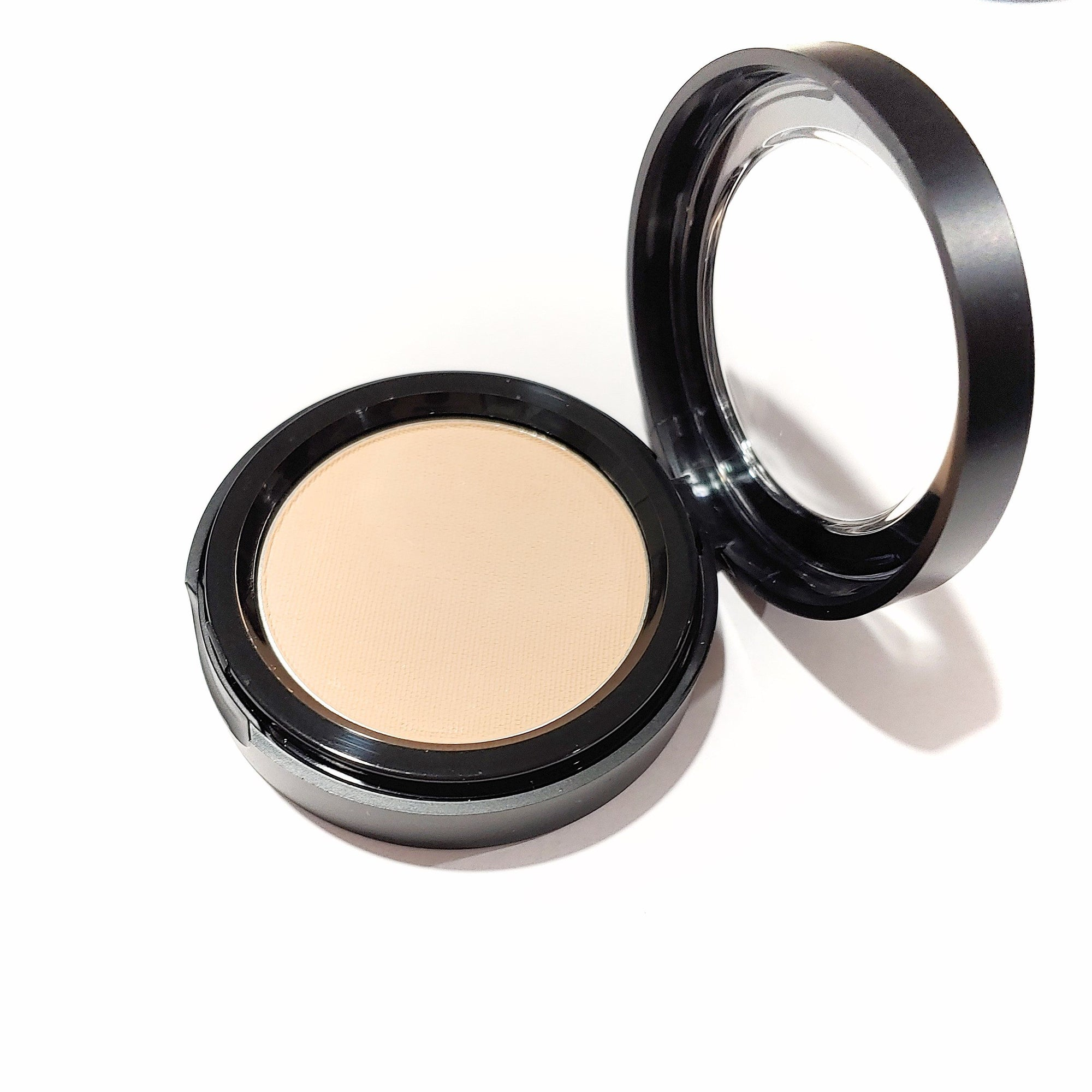 Pressed Mineral Foundation - Almost Almond
