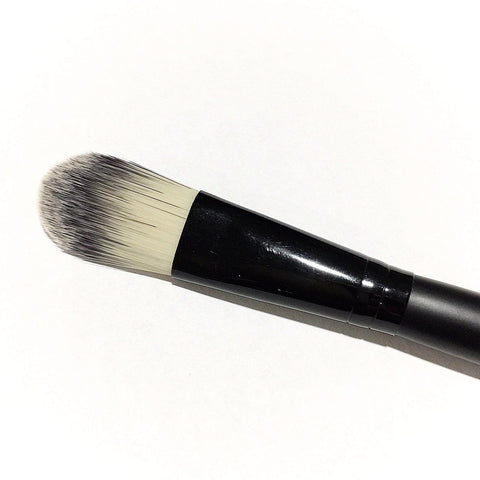 Vegan Oval Makeup Brush - LittleStuff4u Minerals