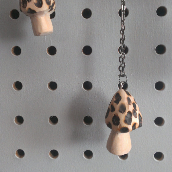 morel toadstool pendant necklace -accessory- prettydreamer - 2