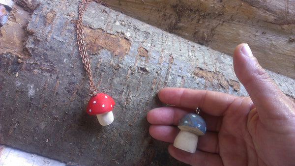 red-cap toadstool pendant -accessory- prettydreamer - 6