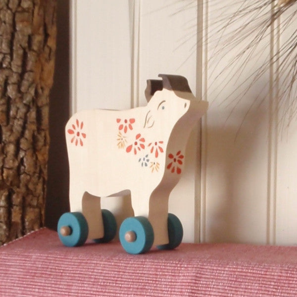 bucolic push toy cow -toys- prettydreamer - 1