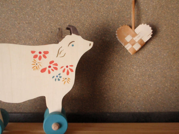 bucolic push toy cow -toys- prettydreamer - 3