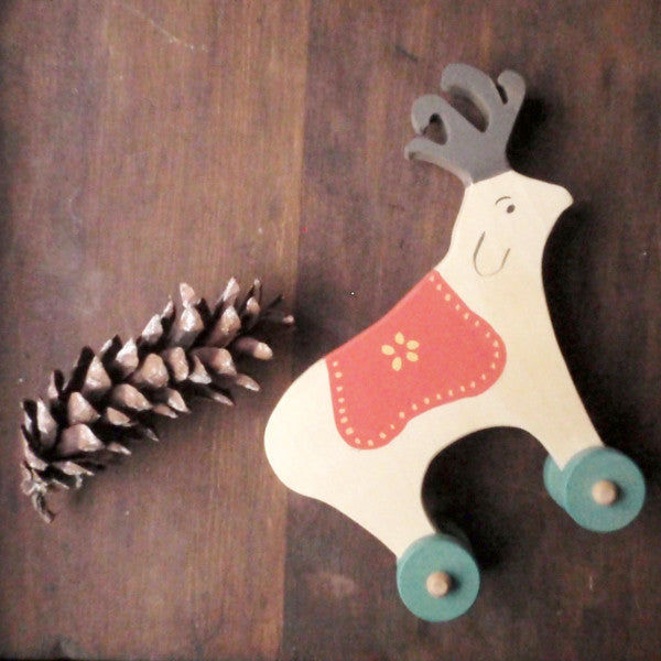 folkloric reindeer push toy -toys- prettydreamer - 1