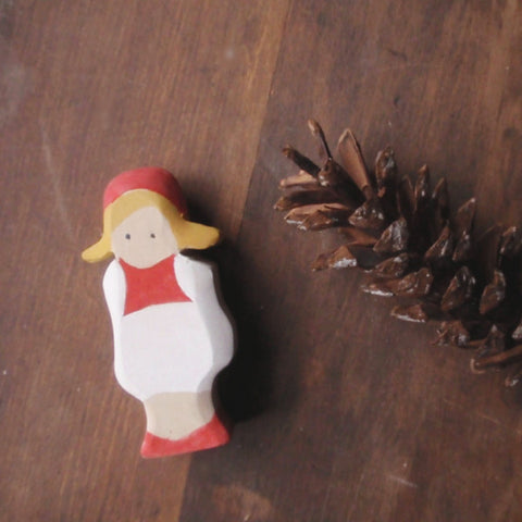 cranberry child / waldorf wooden figure -waldorf- prettydreamer - 3