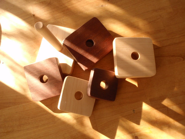 simple wooden toy  stacker -toys- prettydreamer - 4