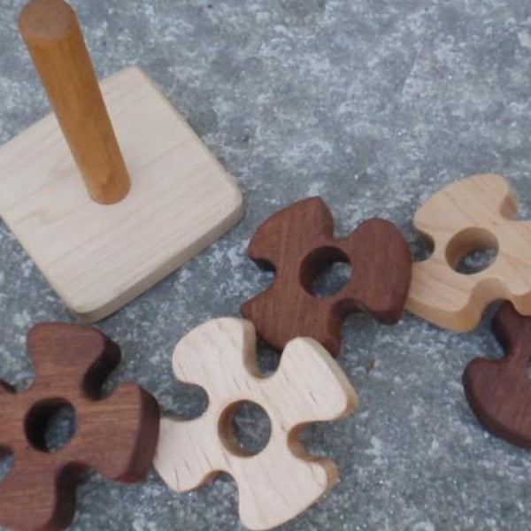 wooden pinwheel stacking toy -toys- prettydreamer - 1