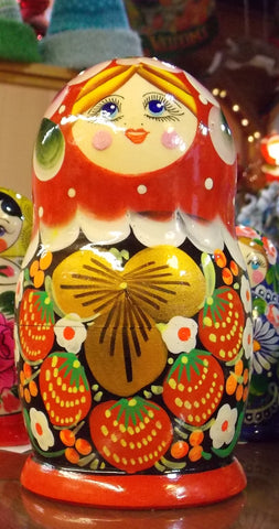 Matryoshka (Medium) in Red