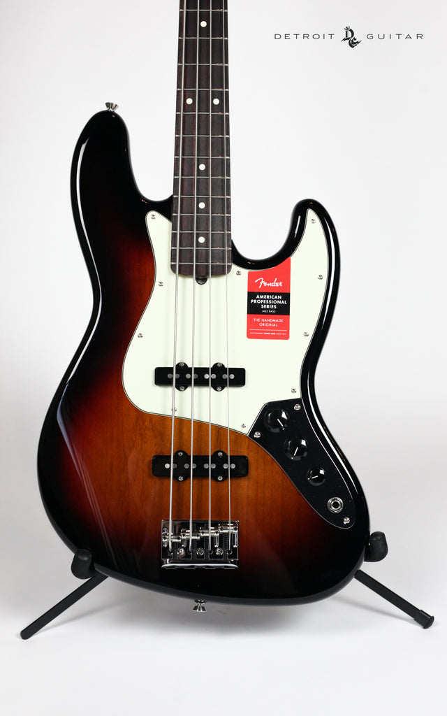 Fender American Professional Jazz Bass 3-Color Sunburst w/ Case
