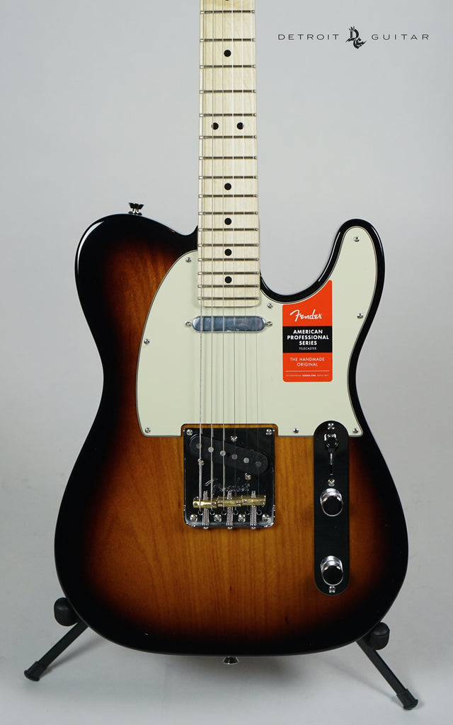 Fender American Professional Telecaster 2-Color Sunburst w/ Case