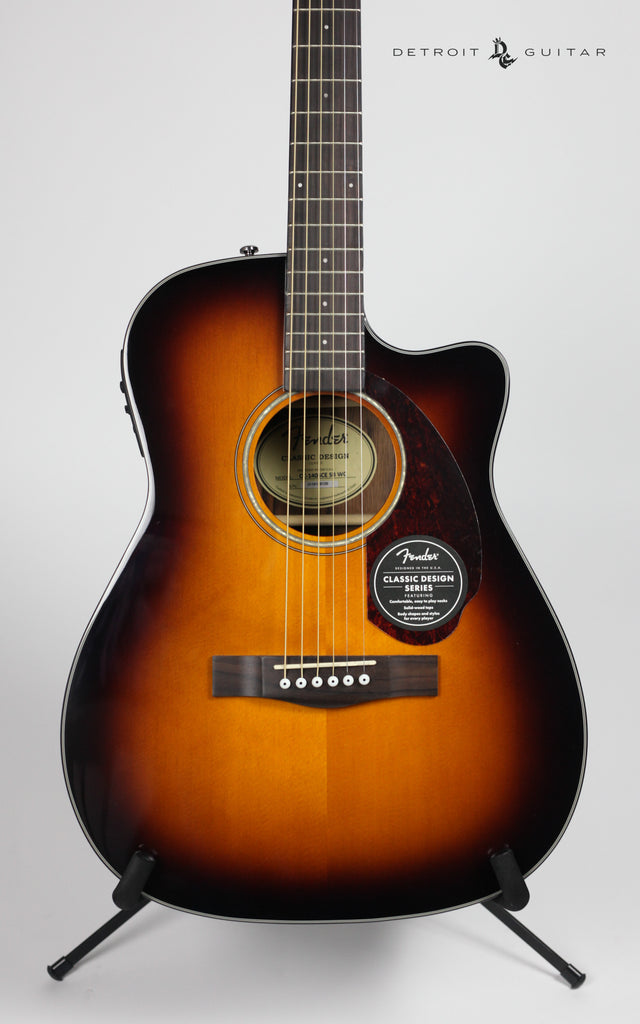 Fender CC-140SCE Sunburst w/ Case