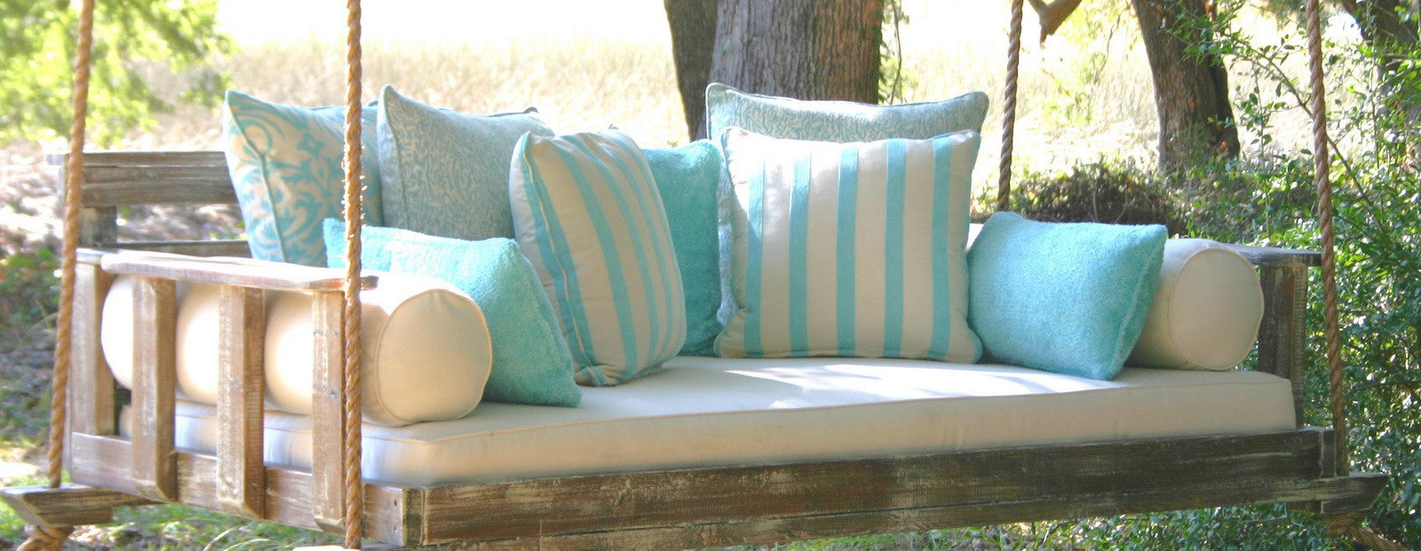 Picture of: Porch Swings Hanging Swing Beds For Sale Outdoor Furniture Www Myporchswings Com