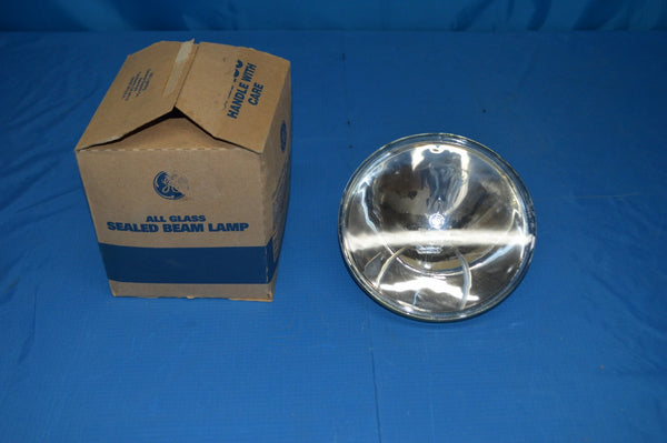 Lot Of 6 GE 4555 115V 1000W PAR64 Aircraft Landing Sealed Beam Lamp