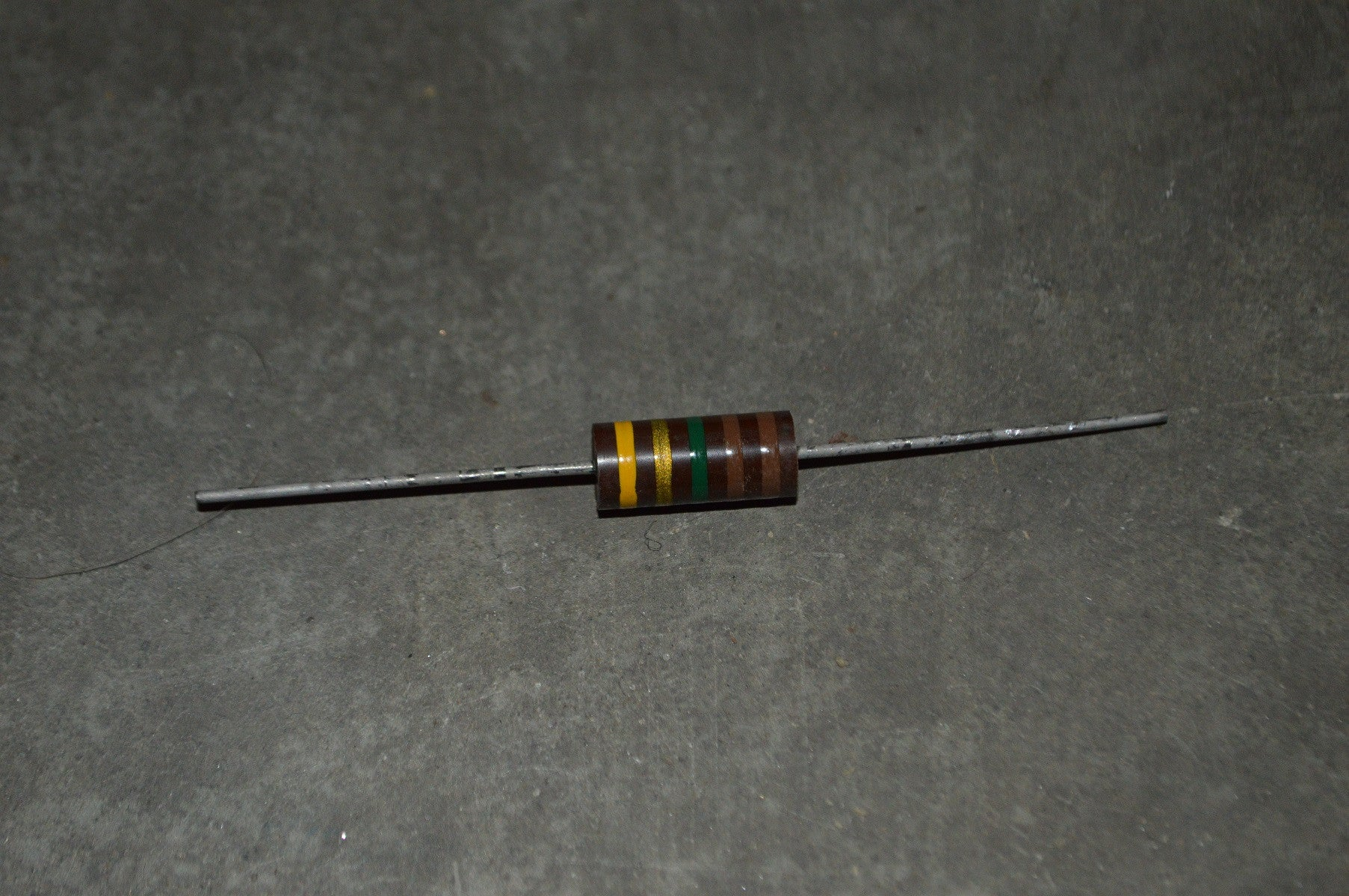 Fixed Composition Resistor NSN:5905-00-258-5569 P/N:35-266391-3