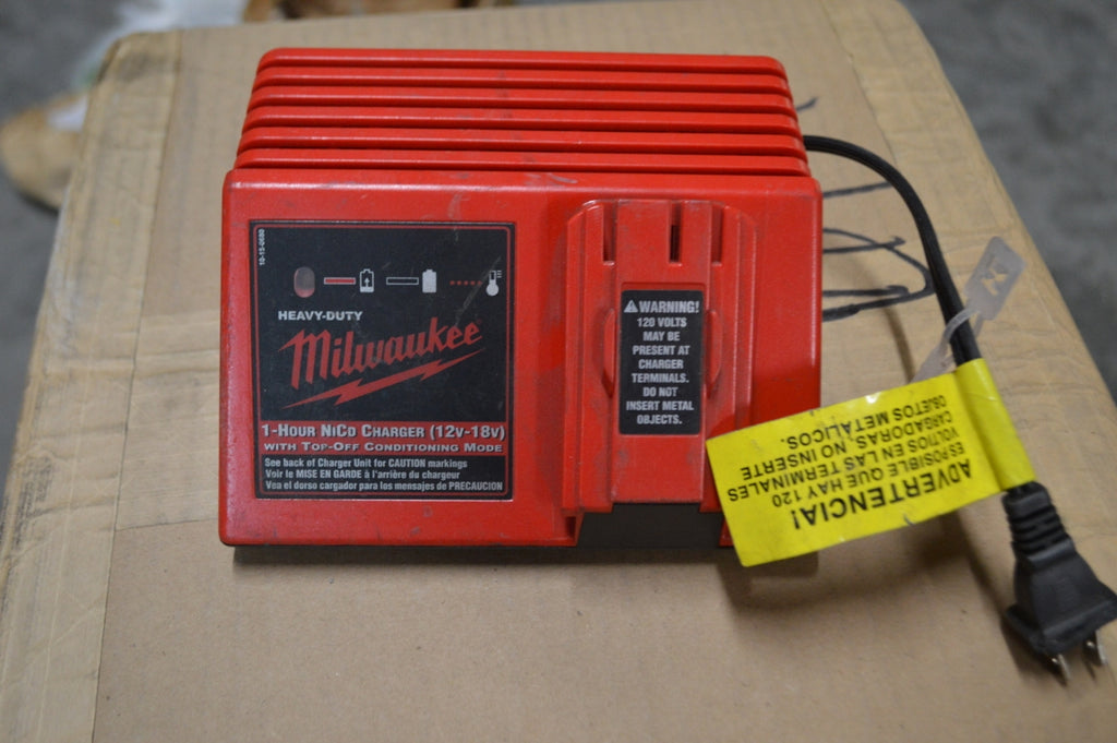 Milwaukee 48-59-0255 NiCd AC Charger One Hour NSN:6130-01-565-2348