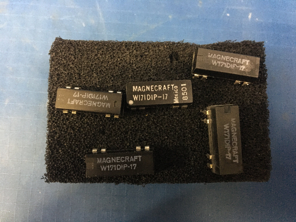 (5) Magnecraft Reed Relay NSN:5945-01-010-3230 Model:W171DIP-17