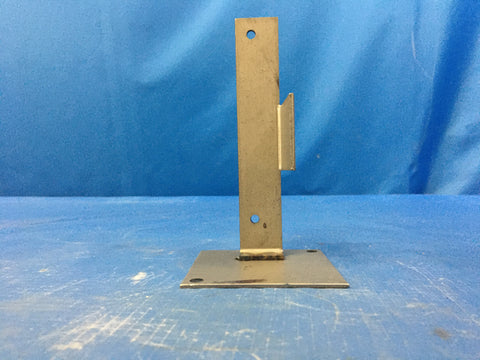 U.S Army Tank Automotive Command Electrical Connector Bracket NSN:5935-01-178-7375 Model:11662107