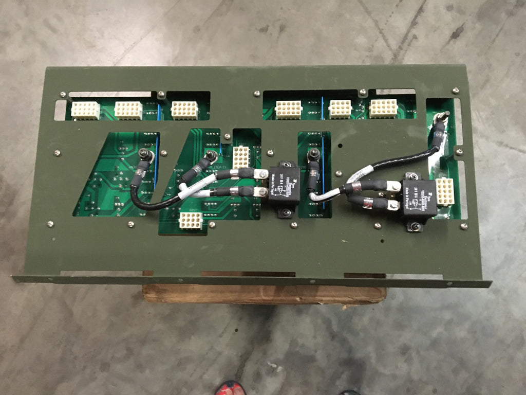 Bae Systems Tactical Vehicle Systems,Power Distribution Panel for FMTV,NSN:6110-01-532-1130 Model:APC3013