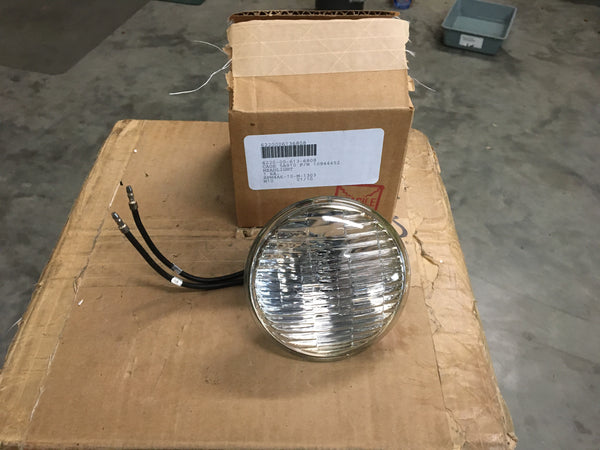 NOS 28V US Army Tank Automotive Command Headlight NSN:6220-00-613-6808 Model:10944452
