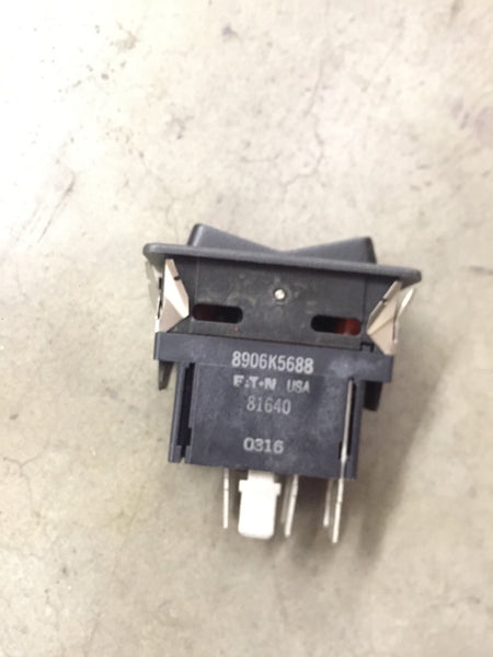 Toggle Switch NSN:5930-01-480-7052 P/N:8HB630