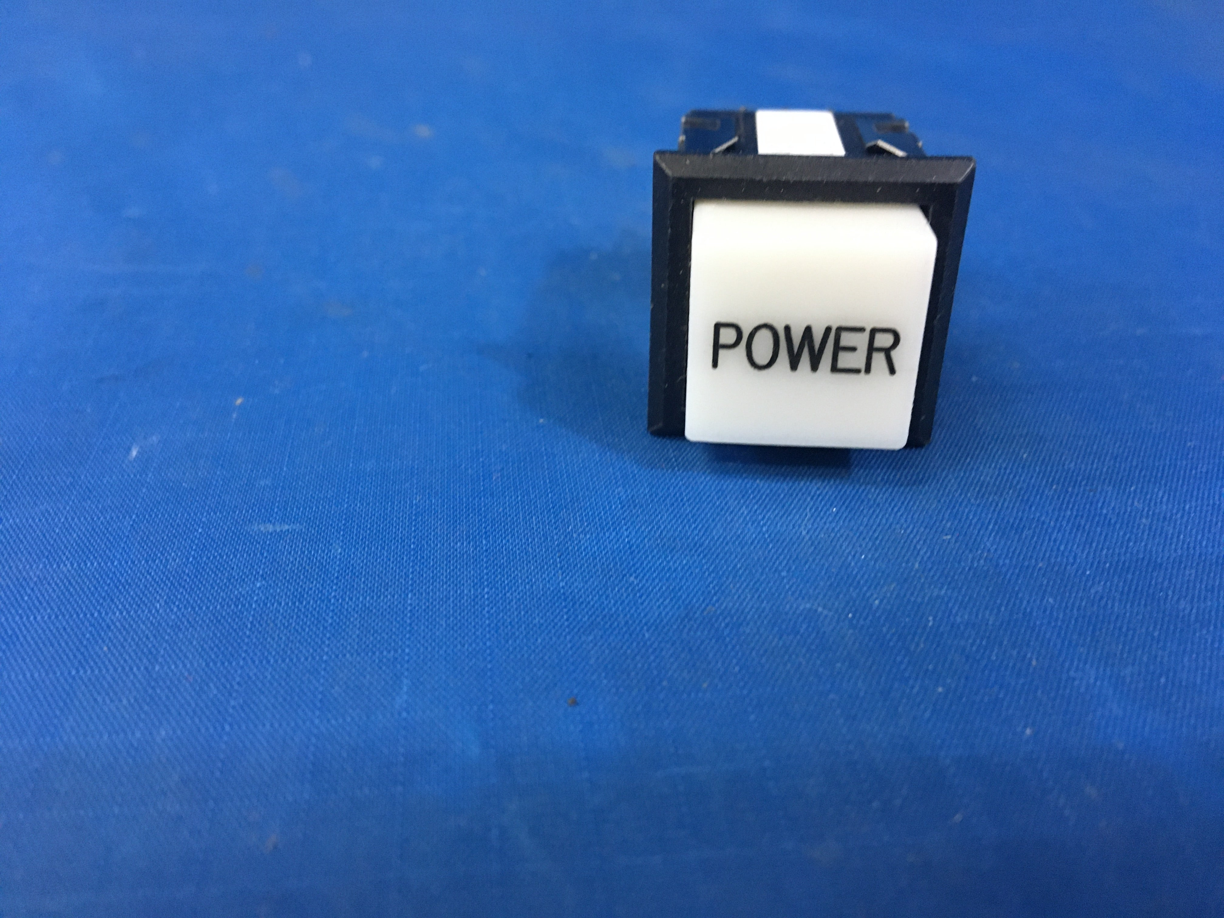 Eaton 849K22910 Push Switch NSN:5930-01-227-6888 P/N:83-1550-5644