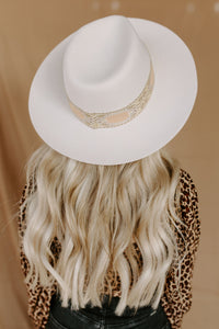 Desert Romance Embroidered Band Hat - Ivory