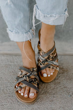 Load image into Gallery viewer, Very G Gisselle TAUPE Leopard & Pewter Strap Sandal Slides