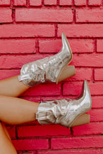 Load image into Gallery viewer, Silver Fever Western Boots