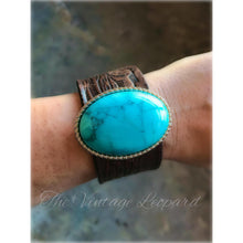 ReLoved Leather Oval Turquoise Vintage Cuff