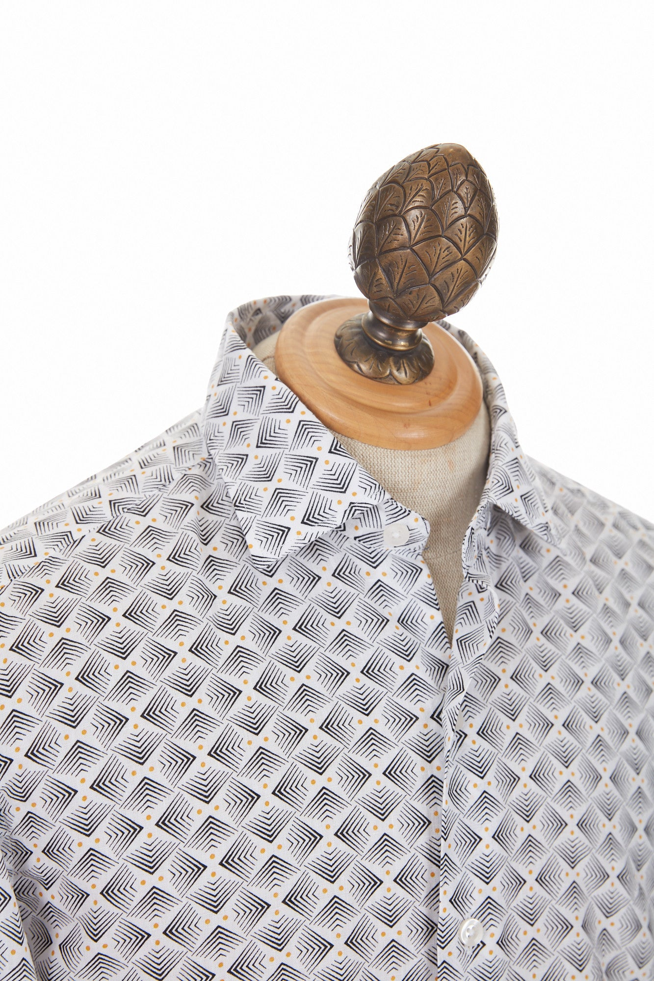 Culturata Arrow Print Linen Shirt