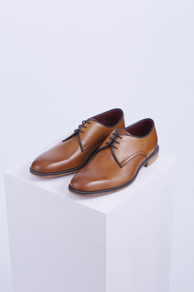 Loake Drake Tan Plain-Toe Derby - Shoes - Loake - LALONDE's