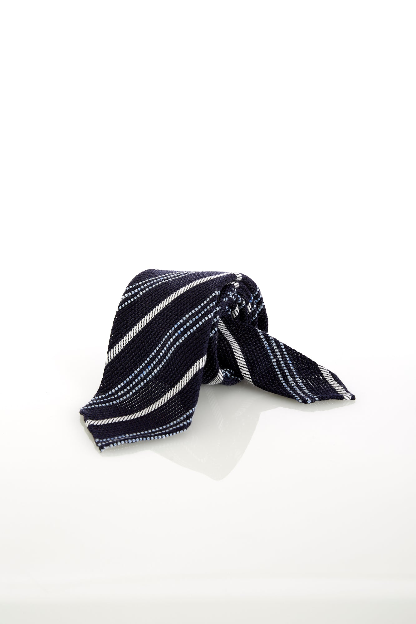 Drake's Handrolled Navy Multi-stripe Silk-Linen Tie