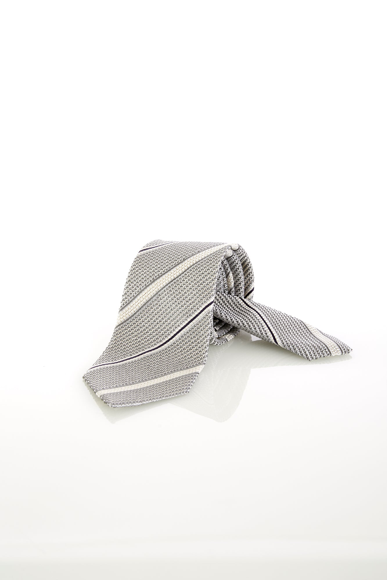Drake's Silver and White Prep Stripe Silk Tie - Ties - Drake's - LALONDE's