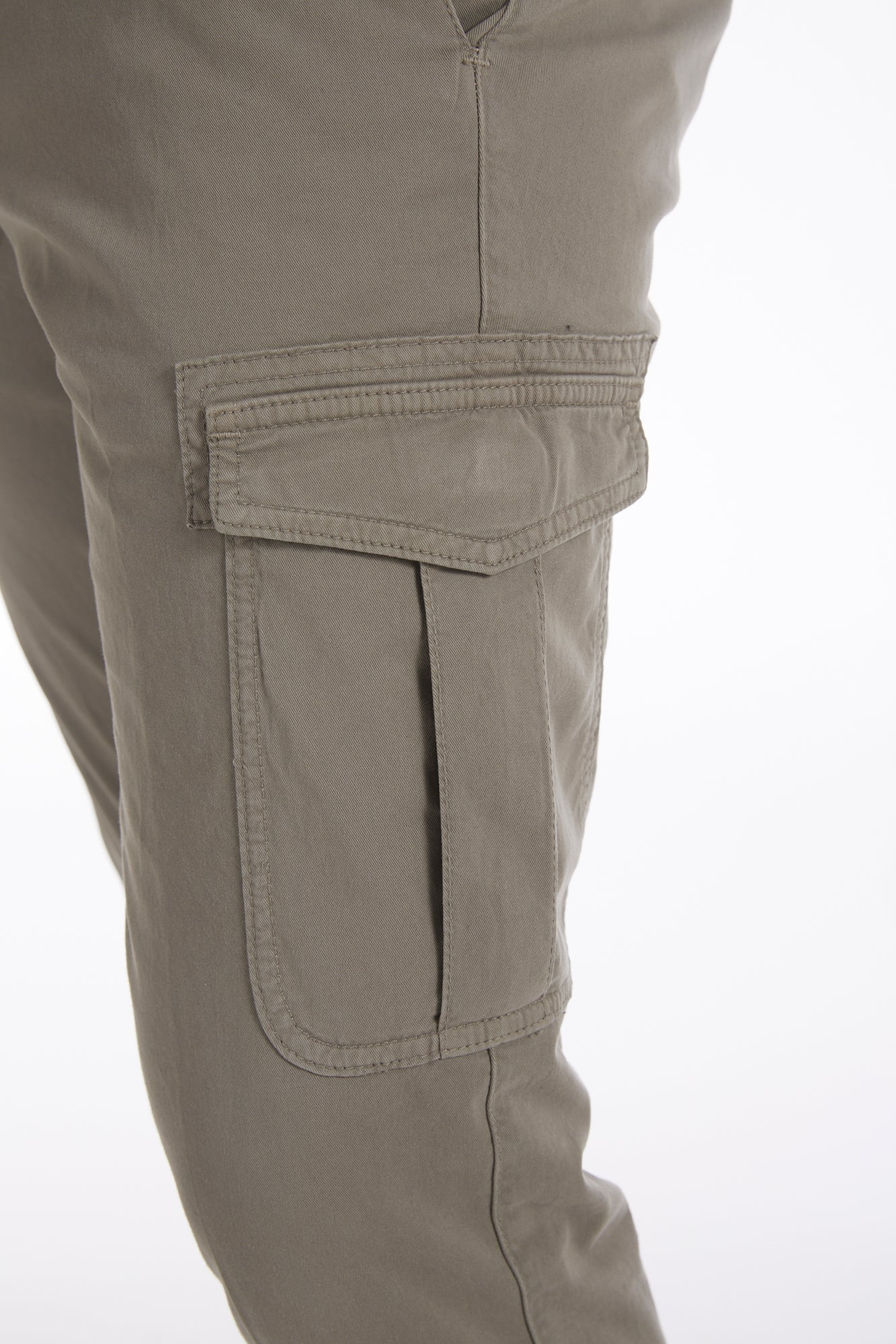 Eleventy Tan Cotton Stretch Cargo Pants - Pants - Eleventy - LALONDE's