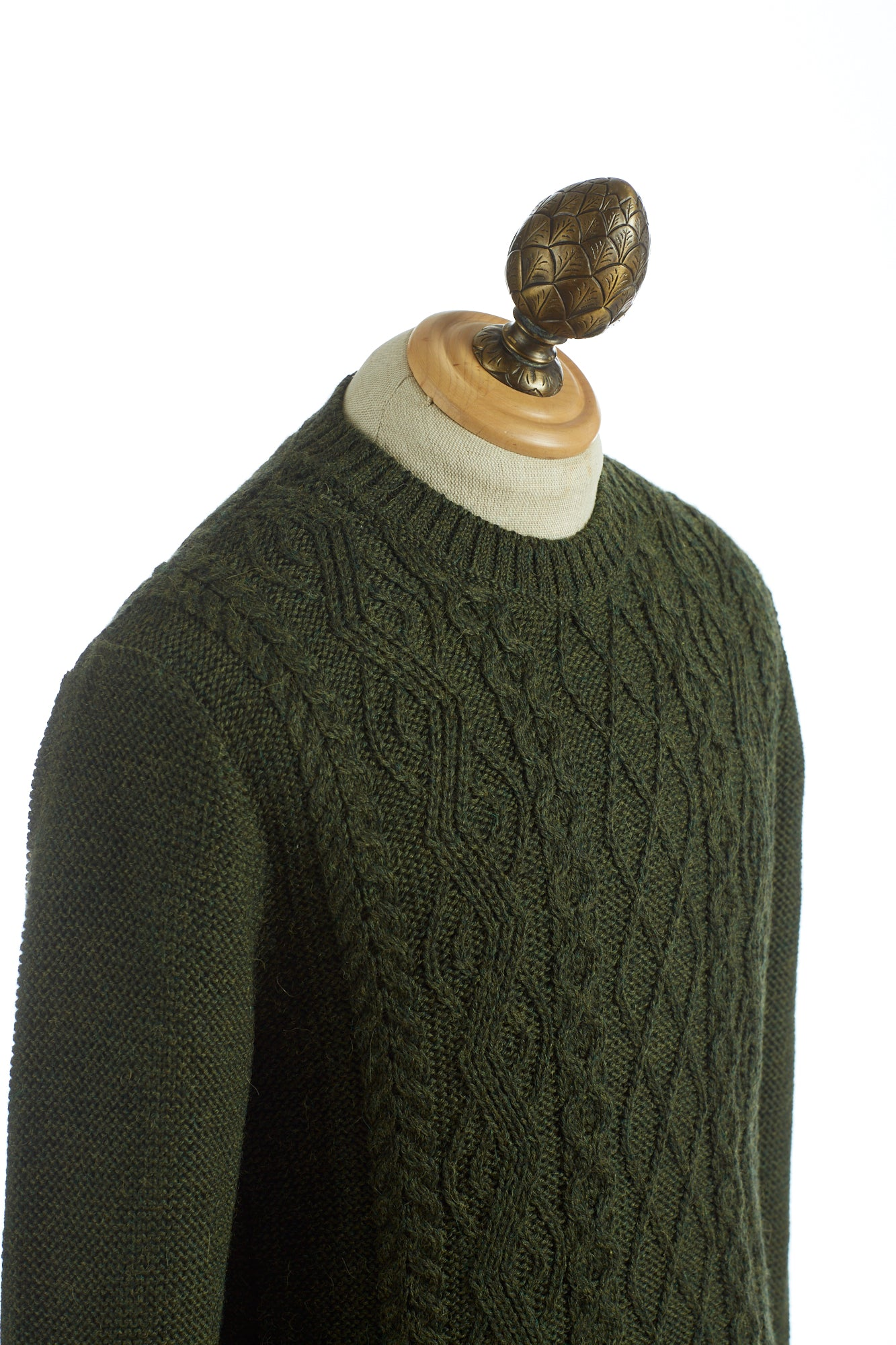 Inis Meáin Aran Green Cable Knit Crewneck Sweater - Sweaters - Inis Meáin - LALONDE's