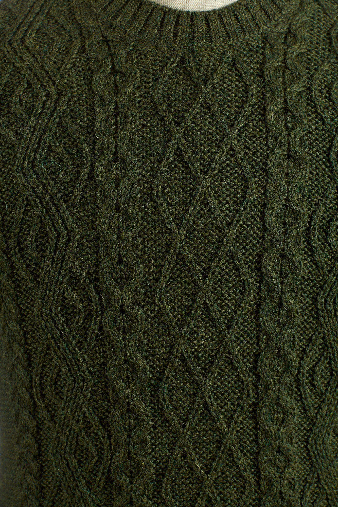 Inis Meáin Aran Donegal Green Cable Knit Pattern